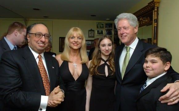 Ο Τζον Κατσιματίδης υποψήφιος για τη δημαρχία της Νέας Υόρκης
