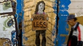Δεν φταίει η λιτότητα στην Ελλάδα