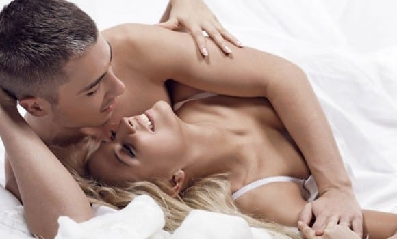 Τι θέλει η 20άρα, η 30άρα και τι η 40άρα από τον άνδρα στο κρεβάτι