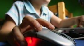 Γονείς προσοχή στα παιδιά από το Ίντερνετ
